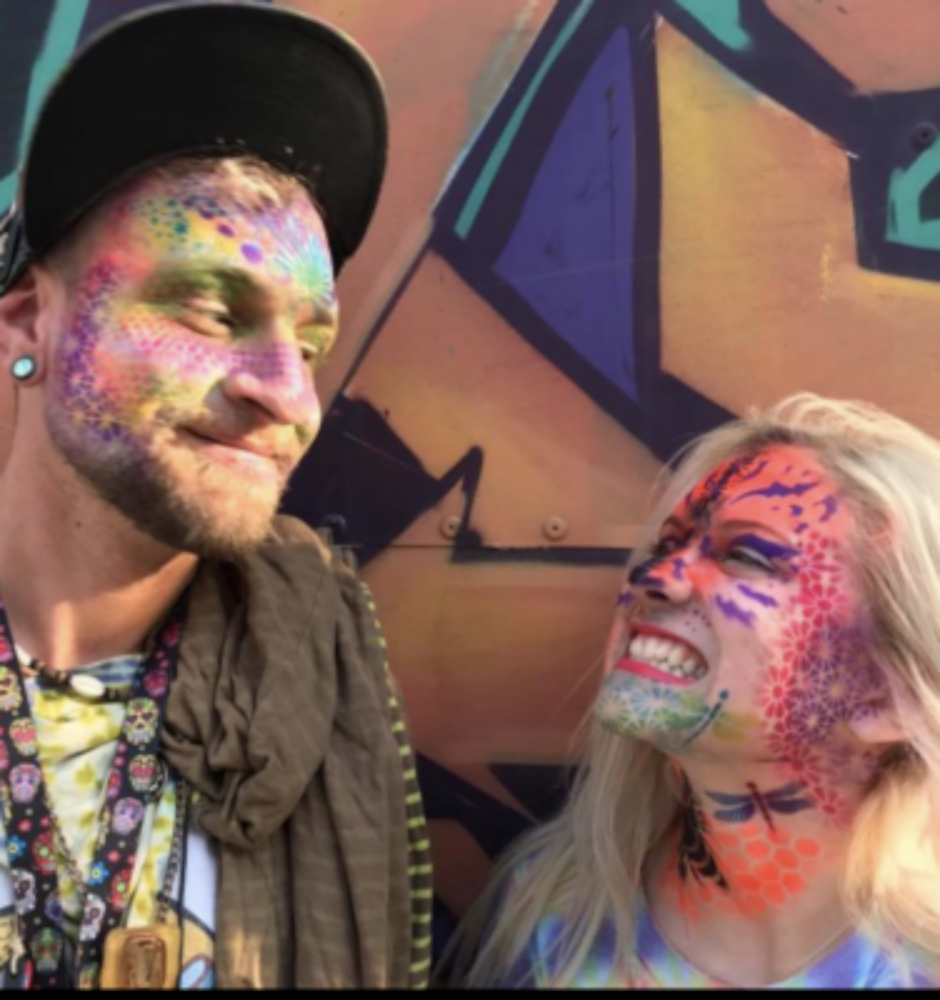 Get painted with your partner!